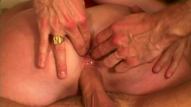 Hot Harlot Jordan Types Will Get Mystery Meat Surprise Knowstared And Derrière Fingered In A Threesome