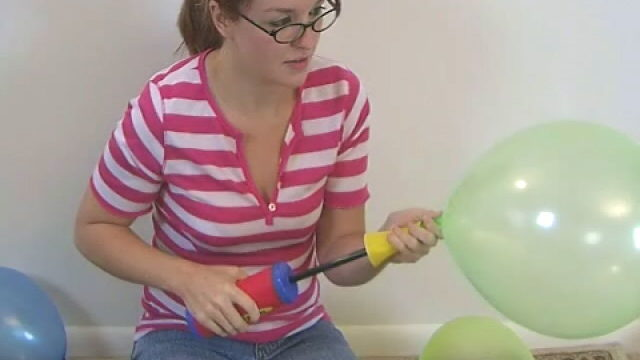 Harmless Wanting Newbie Teen Babe Heidi Having Enjoyable With With Balloons