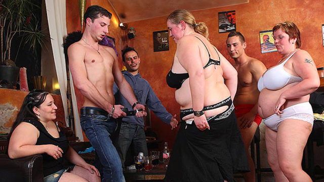 Super-naughty Large Tramps Flash Their Oral Skills
