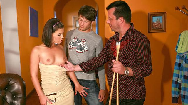 Passionate Wifey Smashes Stranger