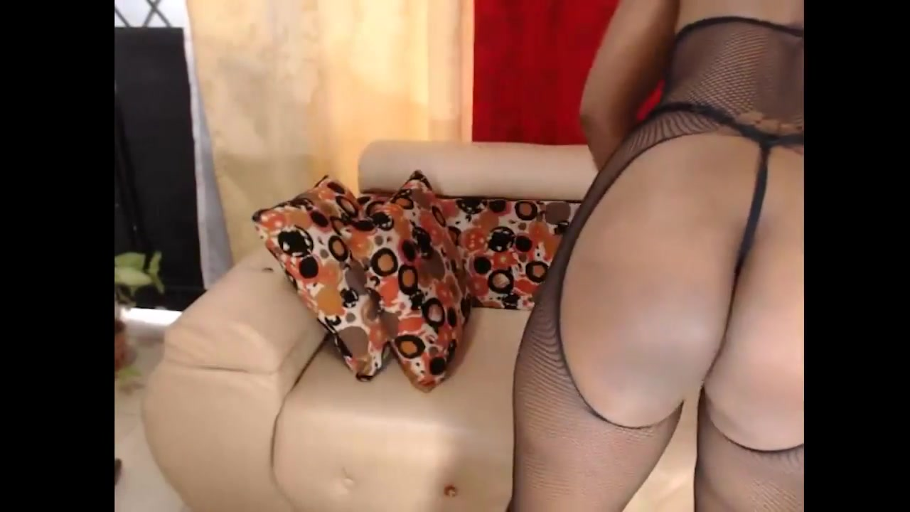 Supah Super-steamy Dark-hued Web Cam Bitch In Fishnet