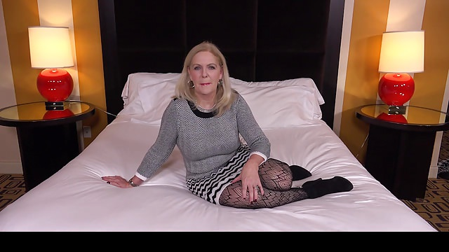 Wealthy Gilf Humping